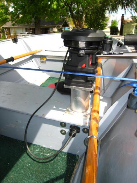 How to mount big boat downriggers on a small boat